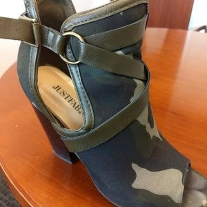 Open toe camo ankle boots